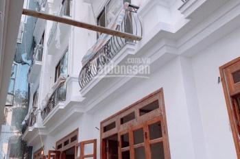 Bán nhà đẹp làng Nha - Long Biên 30m2 x 5T ngõ 2,5m giá 2,45 tỷ (đối diện Aeon Mall, cầu Vĩnh Tuy)