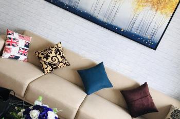 Còn duy nhất 1 căn hộ 3 phòng ngủ, 120m2, đủ đồ, tại CV Cầu Giấy, giá 13.5tr/th. LH: 0899511866