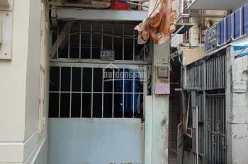 Bán nhà cấp 4 DT 139,7m2, hẻm 12 Nguyễn Khoái, P2, Q4