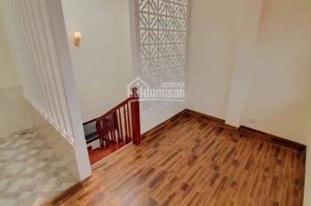 Cho thuê nhà riêng Ngõ 8 Võ Văn dũng, 42m2x4 tầng.MT 4,2m. Tiện kinh doanh. Giá 20Tr. 0904682329