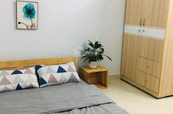Cho thuê căn hộ mới full nội thất, giờ giấc tự do, không chung chủ, gần trung tâm Q1. Gía 4tr5/th
