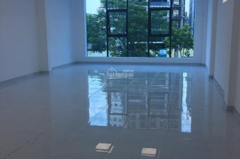 Cho thuê văn phòng mới xây nhiều DT 20m2 30m2 57m2 72m2 tại 586/8 Cộng Hoà Tân Bình