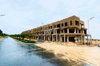 Đất nền biển Cam Ranh, nằm gần sân bay, sở hữu lâu dài. Vị trí đẹp nhất Bãi Dài LH 0975097457