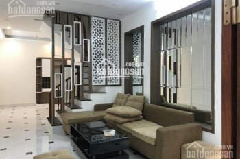 Chính chủ rao bán căn nhà 5 tầng mới xây, DTXD 45m2 x 5 tầng, số 24A ngõ 90 phố Yên Lạc