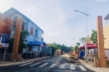 Chính chủ bán gấp căn nhà phố đường Đào Duy Từ - Dĩ An, Bình Dương, 1 trệt 2 lầu. LH 0906884055