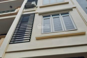 Cho thuê nhà ngõ Ngụy Như Kom Tum, Thanh Xuân. DT 60m2, 5 tầng, MT 4m, giá 20 tr/tháng