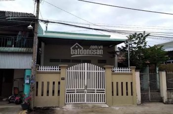 Bán gấp căn nhà cấp 4, gần chợ, trường học, DT 110m2, giá 1.6 tỷ, Trần Văn Giàu, Bình Chánh