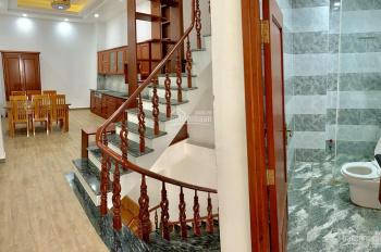 Bán nhà MTKD sầm uất đường Nguyễn Văn Săng, 4x14m, đúc 4 tấm thiết kế sang trọng cực kì đẹp