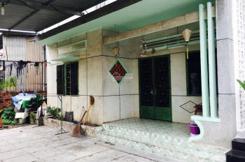 Cho thuê nhà cấp 4, rộng rãi, thoáng mát, gần KTX ĐHQG