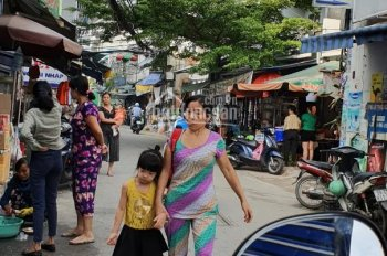 Mặt tiền chợ nhỏ chủ đang ở phường 14, Gò Vấp, DT: 4*16m đúc 1 tấm gồm 2PN, 2WC, giá 5 tỷ 600tr