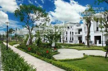 Chính chủ bán căn biệt thự song lập nhìn ra bể bơi, đẹp nhất dự án . Lh: 0988153215