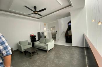 Cho thuê nhà mới xây cực đẹp Lê Thánh Tôn Q1, 8x16m, 14 phòng full nội thất cao cấp giá 101,75tr/th