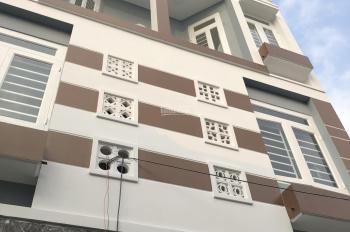 Bán căn nhà DT 30m2, giá 2.1 tỷ vào ở ngay, Linh Xuân, LH 0919 88 2378