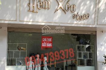 Cho thuê nhà mặt phố Trần Khát Chân, DT 28m2 x 5T, MT 6m, giá 30tr/th, riêng biệt. LH 0974739378