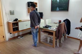 Cho thuê căn hộ chung cư tại nhà 4F, đường Vũ Phạm Hàm, Cầu Giấy, Hà Nội