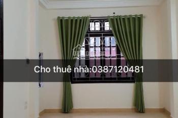 Cho thuê nhà Nguyễn Cơ Thạch 52m2 x 5T ô tô đỗ cửa full đồ cực đẹp