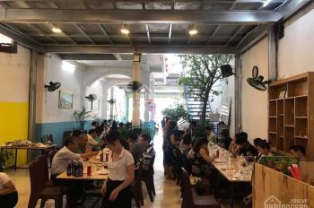 Cho thuê hoặc sang nhượng toàn bộ nhà hàng hải sản đường Dã Tượng, Nha Trang. Liên hệ: 0905381828