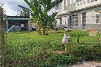 Cho thuê đất trống đường Nguyễn Văn Linh. Liên hệ: 0906878705