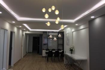 Chính chủ cần cho thuê căn hộ chung cư cao cấp 360 Giải Phóng 2 PN full nội thất. LH 0918264386
