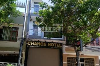 Cần tiền bán gấp KS 7 tầng đường Dương Khuê ngay chân cầu Trần Thị Lý, giá siêu đầu tư. 0976309907