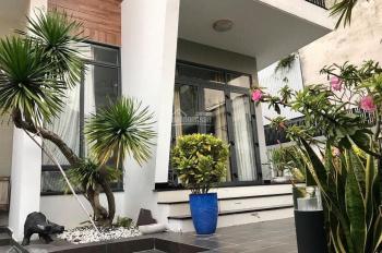 Cho thuê khách sạn 4 sao Thi Sách, P. Bến Nghé, Q1. Hầm 10 lầu 102 phòng