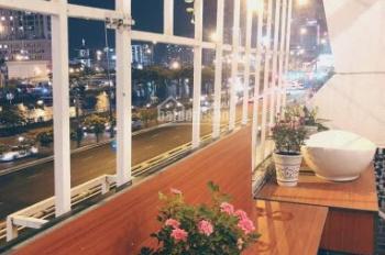 Thuê homestay xinh lung linh mặt tiền Võ Văn Kiệt Quận 1 view Bến Nghé, giá cực tốt