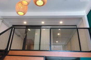 Cần cho thuê homestay đường Võ Văn Kiệt, Quận 1, phòng rộng, view đẹp, giá rẻ