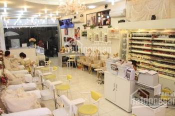 Cho thuê tiệm Nail, Massage & Gội đầu dưỡng sinh. Vừa ở, vừa kinh doanh ngay quận Hải Châu