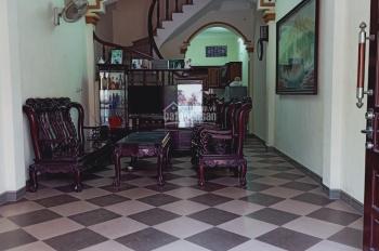 Cho thuê nhà ngõ ô tô đỗ cửa phố Thịnh Liệt, 60m2 x 04 tầng, giá 13 triệu/th