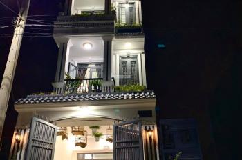 Bán nhà 4 lầu có sân thượng, sân xe hơi, gần trường đại học, trung học, tiểu học phường Linh Trung
