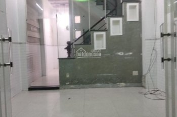Cần cho thuê nhà đẹp hẻm 5m Thạch Lam, 4x14m, 2 lầu ST, 4 phòng ngủ, 13 triệu