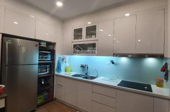 Cần bán căn 2 phòng ngủ full đồ hướng mát giá cực tốt ở Vinhomes Gardenia, LH 0917462689