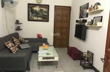 Tôi cần cho thuê nhà riêng 3 tầng gần mặt đường Võ Chí Công, nội thất đầy đủ, giá: 8tr/th