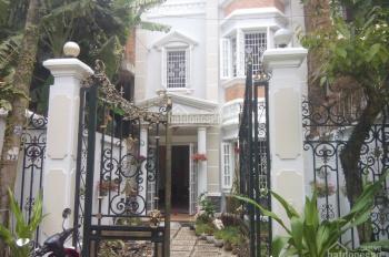 Cho thuê nhà mặt phố đường Nguyễn Văn Hưởng: 6x25m, trệt, 2 lầu, giá 47 tr/th. Tín 0983960579
