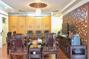 Chính chủ cho thuê căn hộ 2505 tòa nhà HH2 Bắc Hà số 15 Tố Hữu, căn góc 133m2, 2PN, 2WC, Full đồ