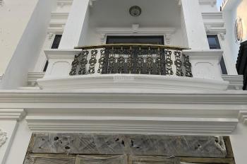 Bán nhà đường 30, Linh Đông, DTSD 200m2 giá 5 tỷ 1 trệt 2 lầu