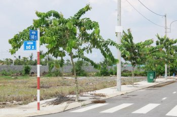 Đất mặt tiền đường Hùng Vương, 8x20m, sổ hồng riêng, mặt tiền kinh doanh mua bán. LH: 0973.619.623