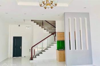 Bán nhà mới xây mặt tiền Đường Nguyễn Bình ngang SVĐ Cần Thơ. Giá 4.75 tỷ