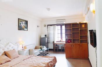 Cho thuê CH Studio 95 Nguyễn Phi Khanh Q1 DT 40m2. Full NT có ban công bếp, giá 8 tr, 0932.103.949