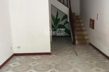 Cho thuê mặt bằng kinh doanh, salon, VP ở Trường Chinh Ngã Tư Sở 40m2, giá 5tr/th 0961442722