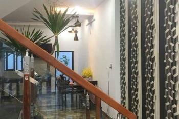 Tôi chính chủ cần bán gấp nhà đẹp. 1 trệt 2 lầu, có sổ hồng riêng, bán như cho, LH: 0933037320