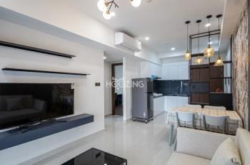 Cần cho thuê căn hộ 1 phòng ngủ tại Saigon Royal, Quận 4. Giá 24,7tr/tháng. Miễn phí dịch vụ