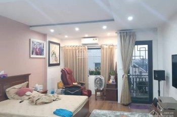 Bán gấp nhà phố gần Bạch Mai, Hai Bà Trưng, 50m2, 5T, 3.5 tỷ, kinh doanh