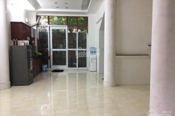 Bán nhà đẹp Võng Thị, Tây Hồ, 111m2, MT 6.6m, 15.5 tỷ, ô tô vào nhà, cho Tây thuê