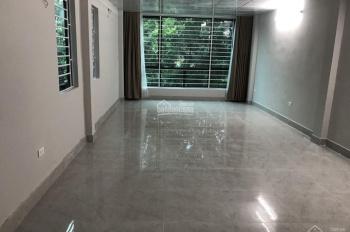 Cho thuê nhà ngõ 43 Trung Kính, nhà mới diện tích 55m2, 5 tầng, có thang máy. LH: 0984408805
