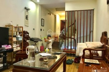 Bán nhà Kim Giang, gara ô tô, DT 62m2, 5 tầng, chỉ 5.7 tỷ. LH: 0932721995