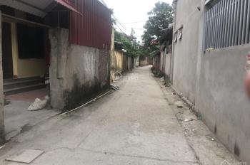 Cần bán 50m2 đất Đa Tốn, mặt tiền 4m, hướng chính Đông, đường ô tô vào nhà, giáp Vin, LH 0338611368