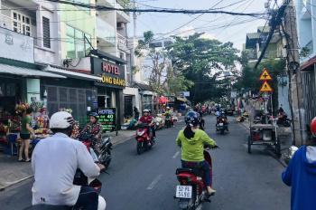 Bán nhà MTKD sầm uất ngay chợ Trần Văn Ơn, p. Tân Sơn Nhì, DT 4x27m, cấp 4, giá 9.85 tỷ TL