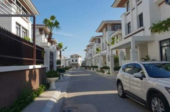 Chính chủ  cần chuyển nhượng biệt thự căn góc, dự án FLC Hạ Long, view vịnh và thành phố