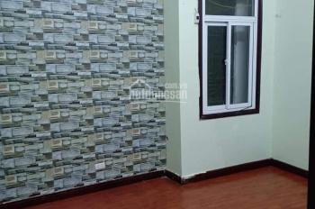 Cần bán nhà Nguyễn Khánh Toàn, 45m2, 5 tầng nhà mới đẹp, trung tâm. LH: 0943103193